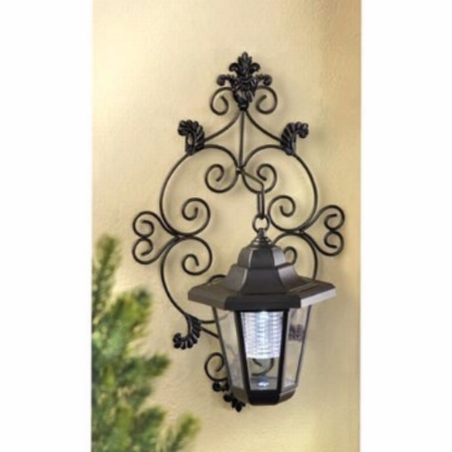 Solar Powered Garden Wall Lantern