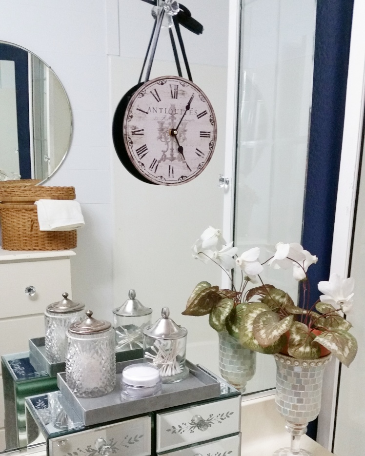 Mixing old and new, used and found items, brings a great new look!